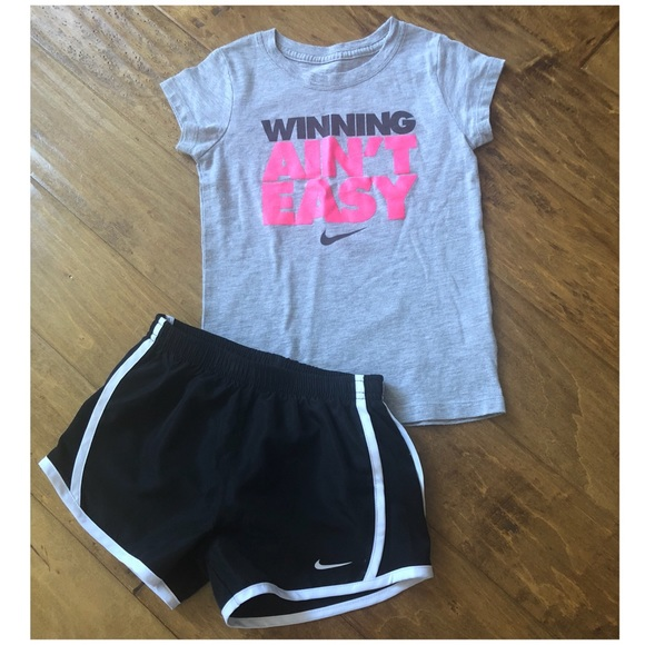 nike shorts outfits